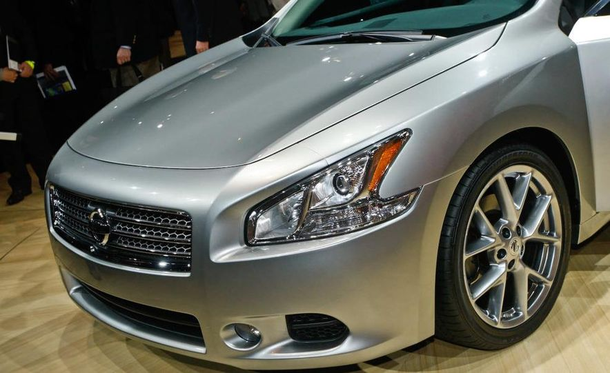 2009 Nissan Maxima - Slide 6