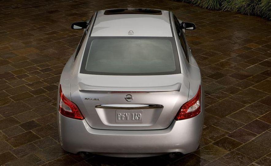 2009 Nissan Maxima - Slide 17