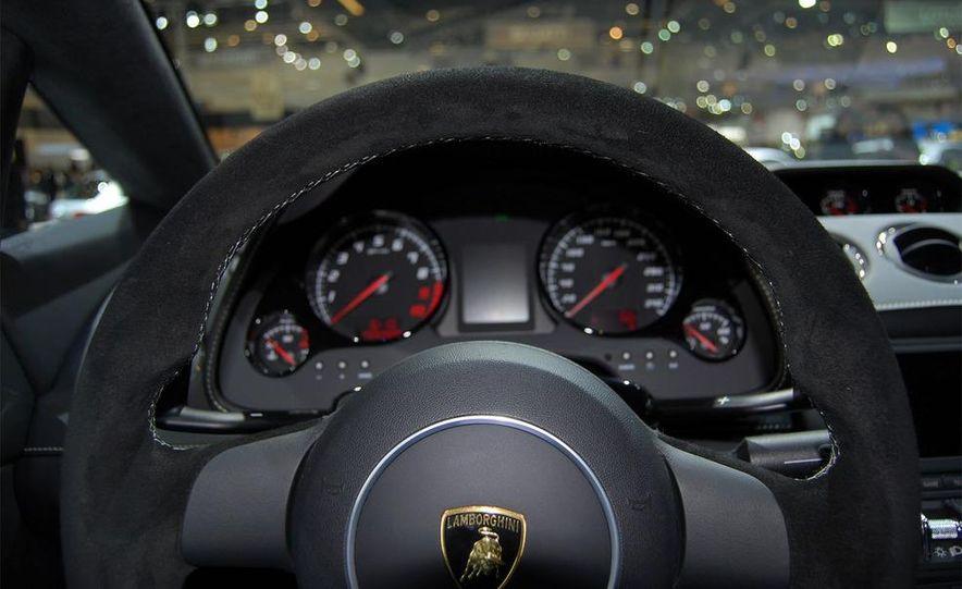 2009 Lamborghini Gallardo LP560-4 - Slide 27