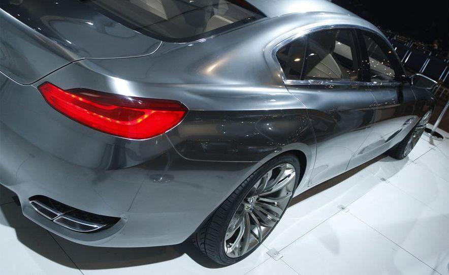 BMW Concept CS - Slide 7