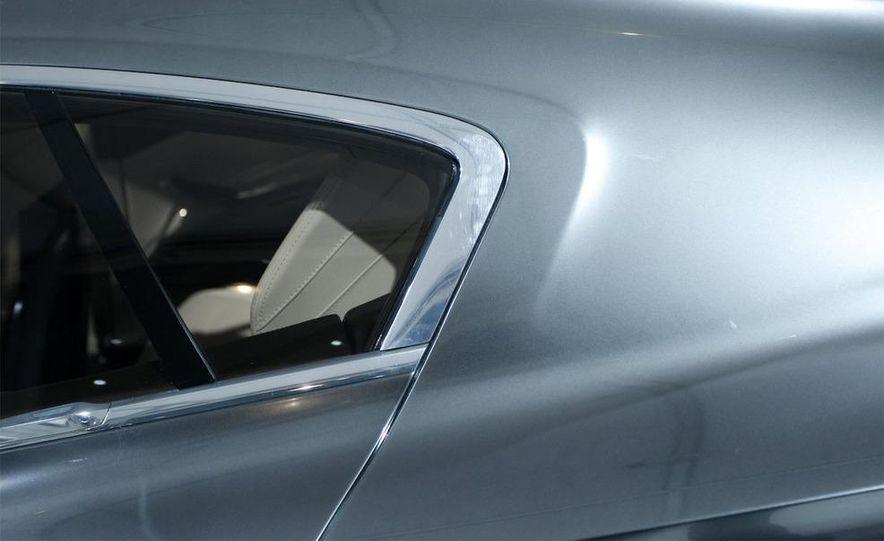 BMW Concept CS - Slide 9
