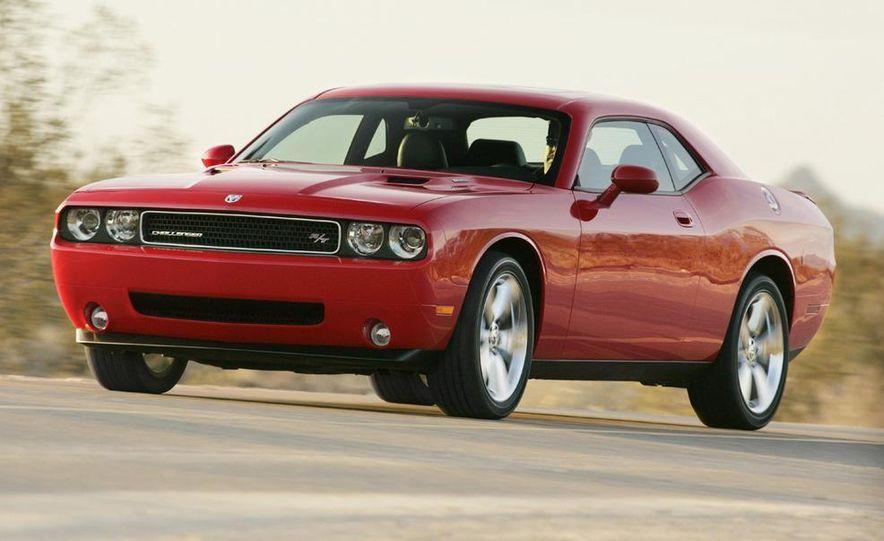 2009 Dodge Challenger R/T - Slide 28