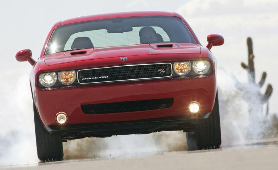 2009 Dodge Challenger R/T - Slide 29