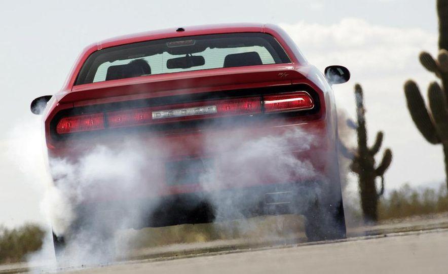 2009 Dodge Challenger R/T - Slide 30