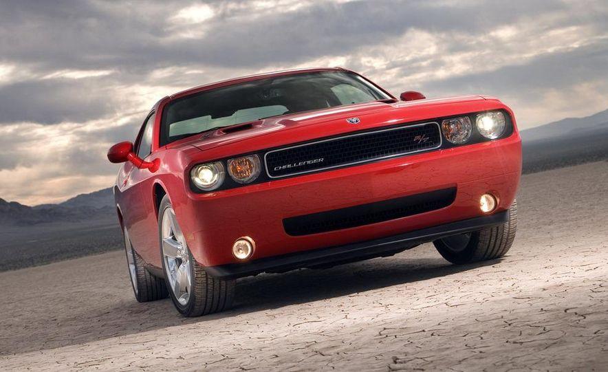 2009 Dodge Challenger R/T - Slide 33