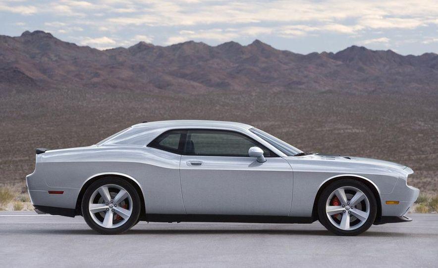 2009 Dodge Challenger R/T - Slide 51