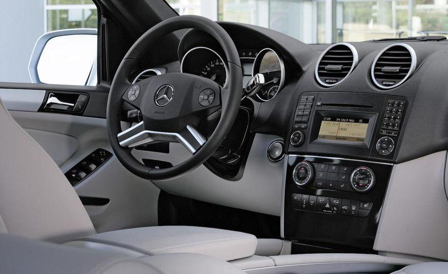 2009 Mercedes-Benz ML320 BlueTec - Slide 26