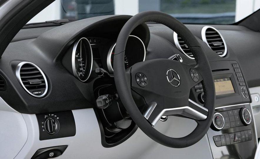 2009 Mercedes-Benz ML320 BlueTec - Slide 28