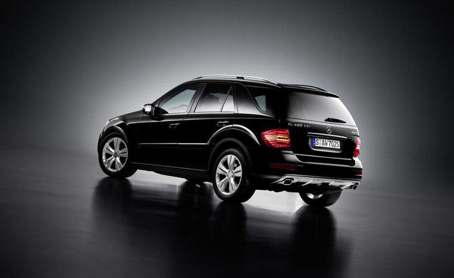 2009 Mercedes-Benz ML320 BlueTec - Slide 32