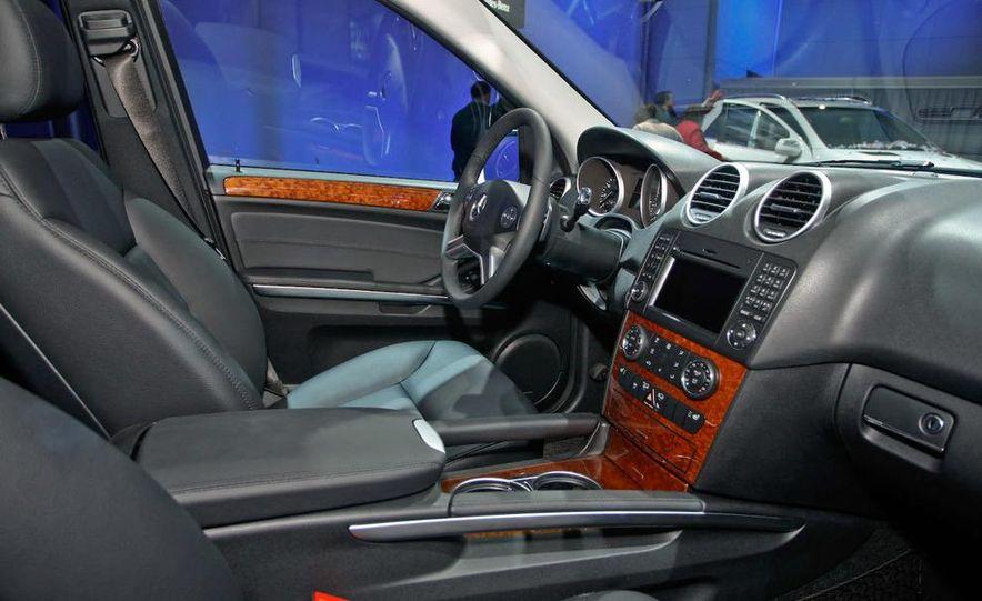 2009 Mercedes-Benz ML320 BlueTec - Slide 5