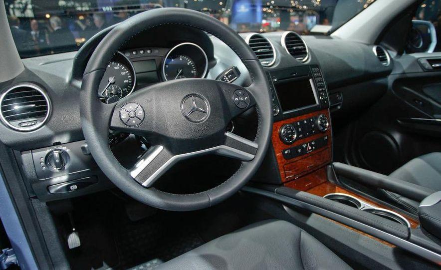 2009 Mercedes-Benz ML320 BlueTec - Slide 14