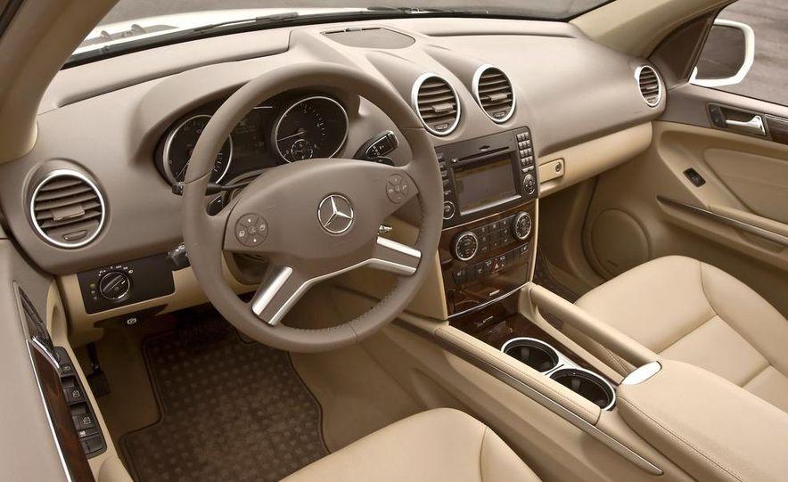 2009 Mercedes-Benz ML320 BlueTec - Slide 17