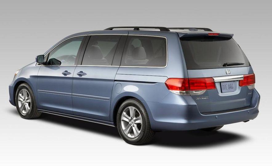 2008 Honda Odyssey - Slide 2