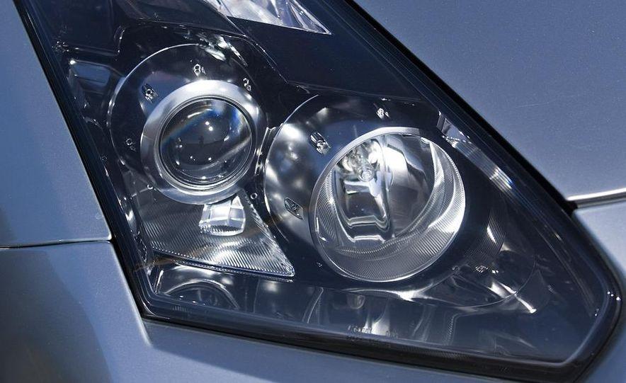 2009 Nissan GT-R - Slide 19