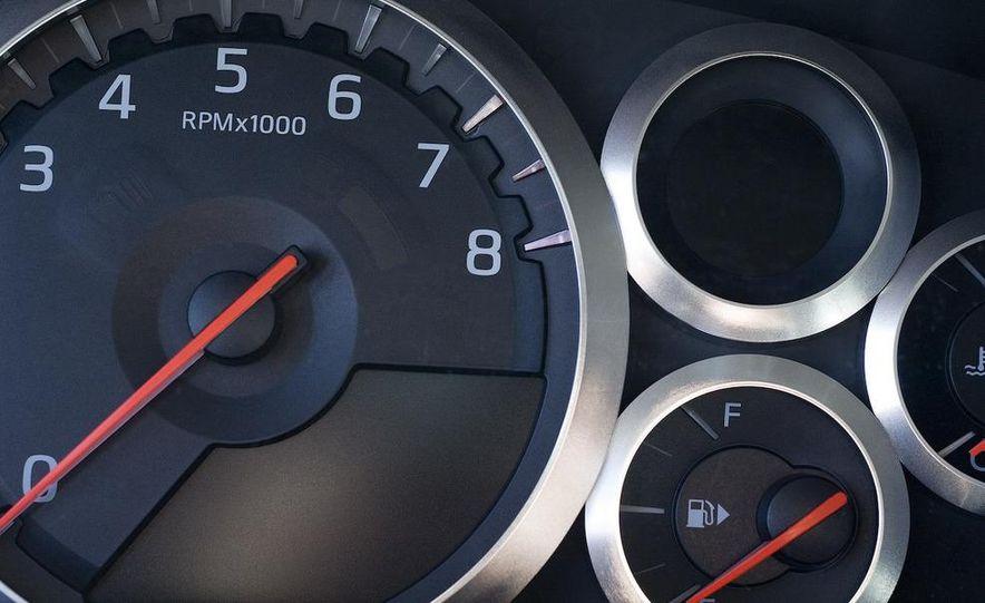 2009 Nissan GT-R - Slide 13