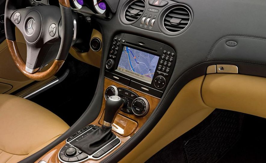 2009 Mercedes-Benz SL600 - Slide 16