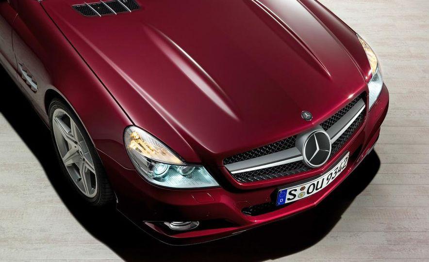 2009 Mercedes-Benz SL600 - Slide 10