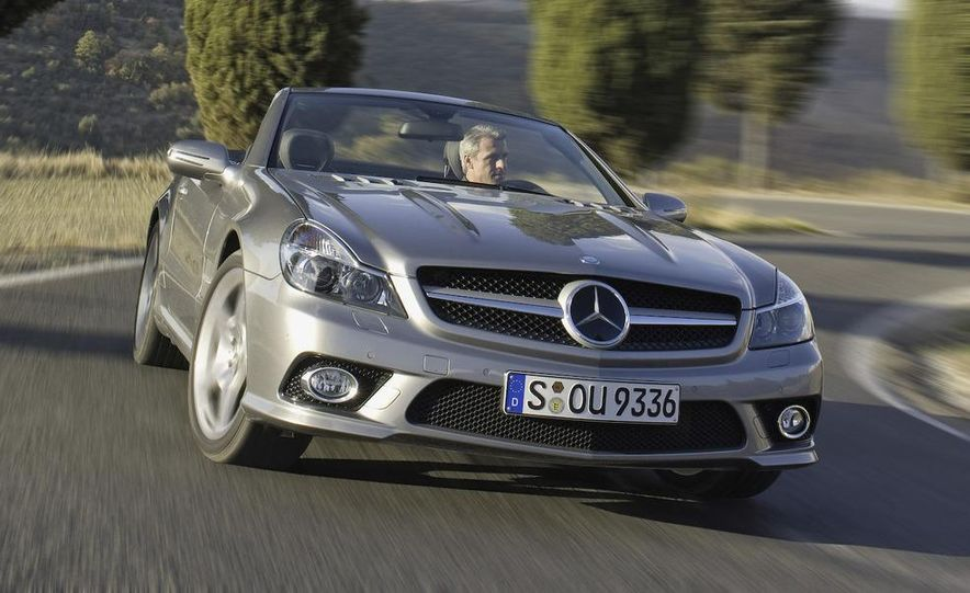2009 Mercedes-Benz SL600 - Slide 19