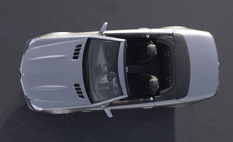 2009 Mercedes-Benz SL600 - Slide 25