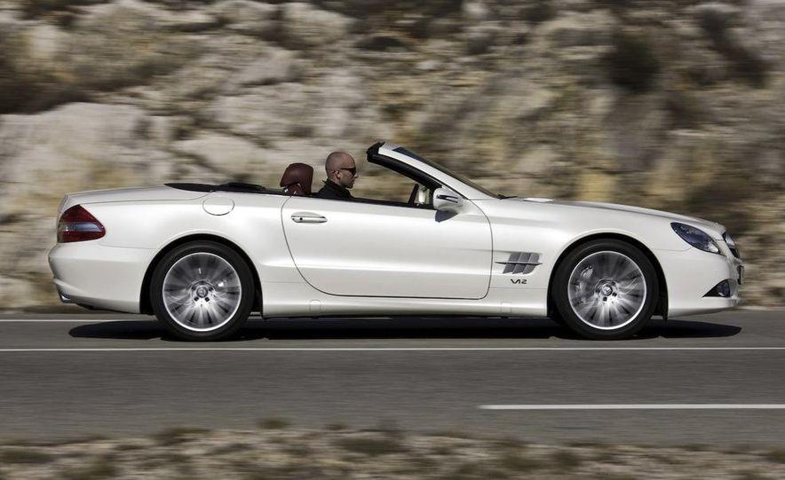 2009 Mercedes-Benz SL600 - Slide 2