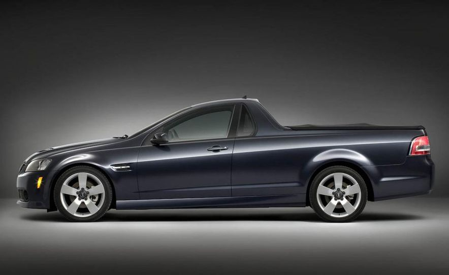 2009 Pontiac G8 GXP - Slide 11