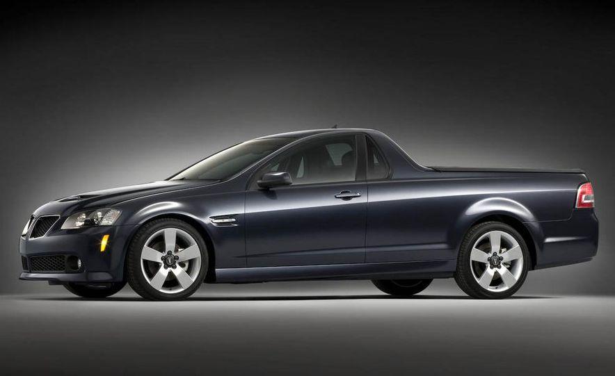 2009 Pontiac G8 GXP - Slide 14