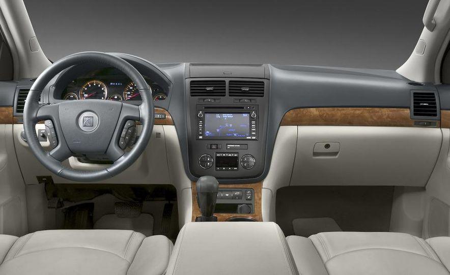 2009 Chevrolet Traverse - Slide 33