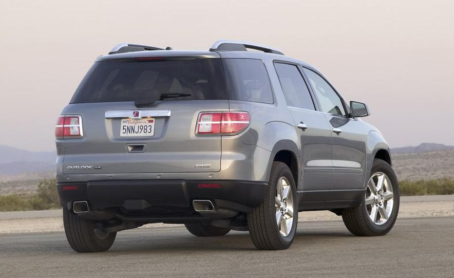 2009 Chevrolet Traverse - Slide 31