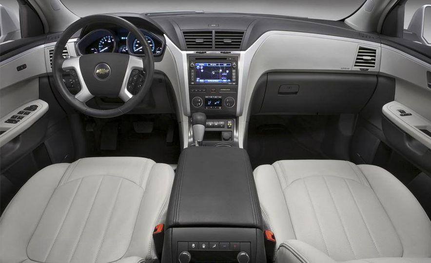 2009 Chevrolet Traverse - Slide 7