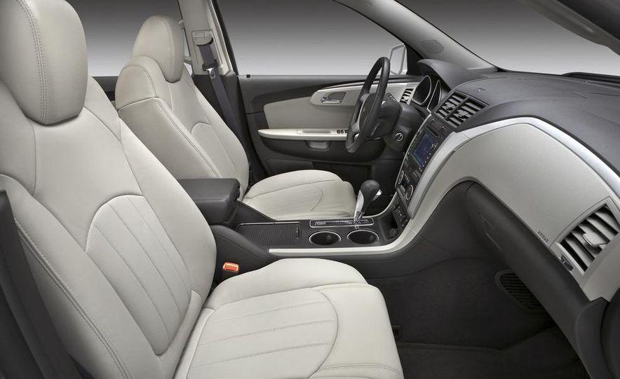 2009 Chevrolet Traverse - Slide 9