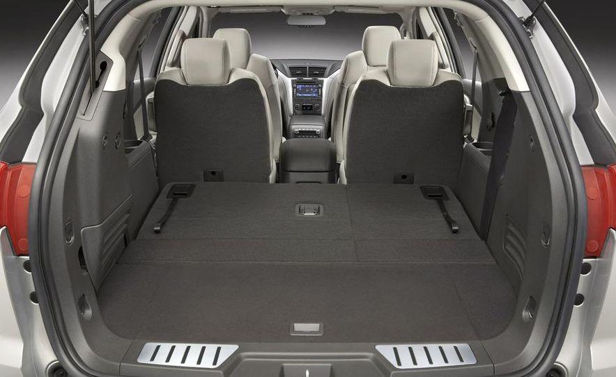 2009 Chevrolet Traverse - Slide 14