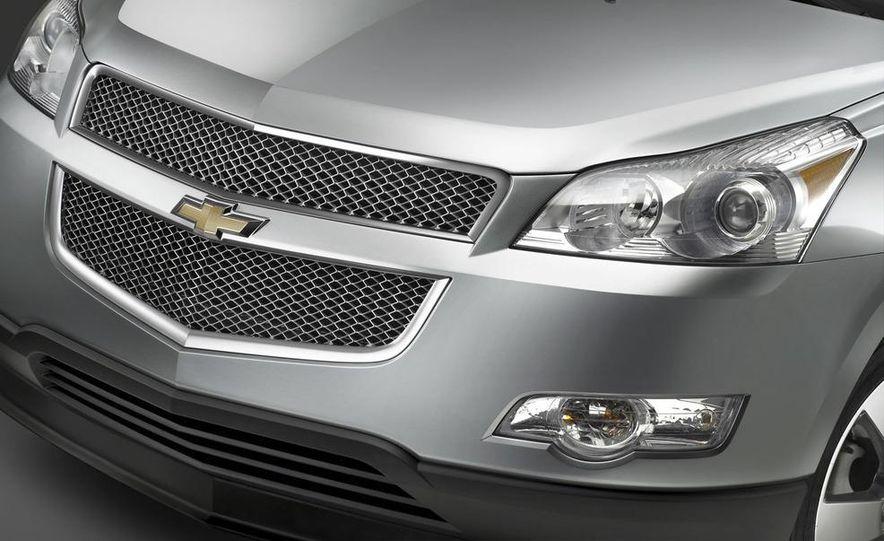 2009 Chevrolet Traverse - Slide 3