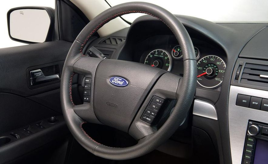 2008 Ford Fusion - Slide 10