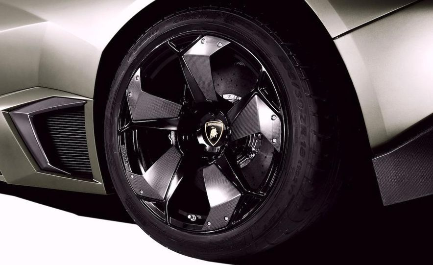 2008 Lamborghini Reventon - Slide 7