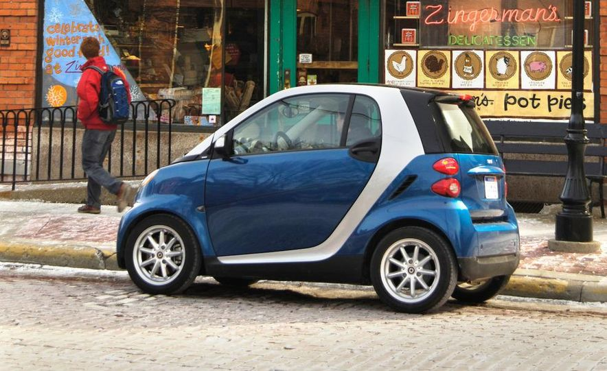 2008 Smart Fortwo Passion coupe - Slide 13