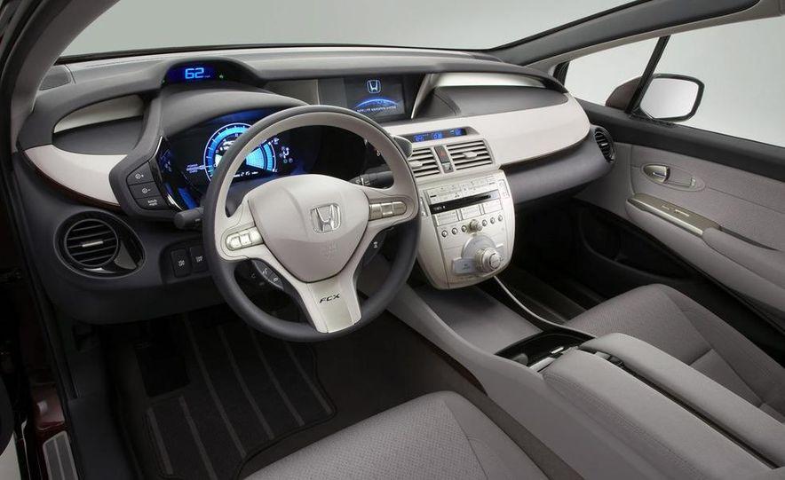 2009 Honda FCX Clarity - Slide 4