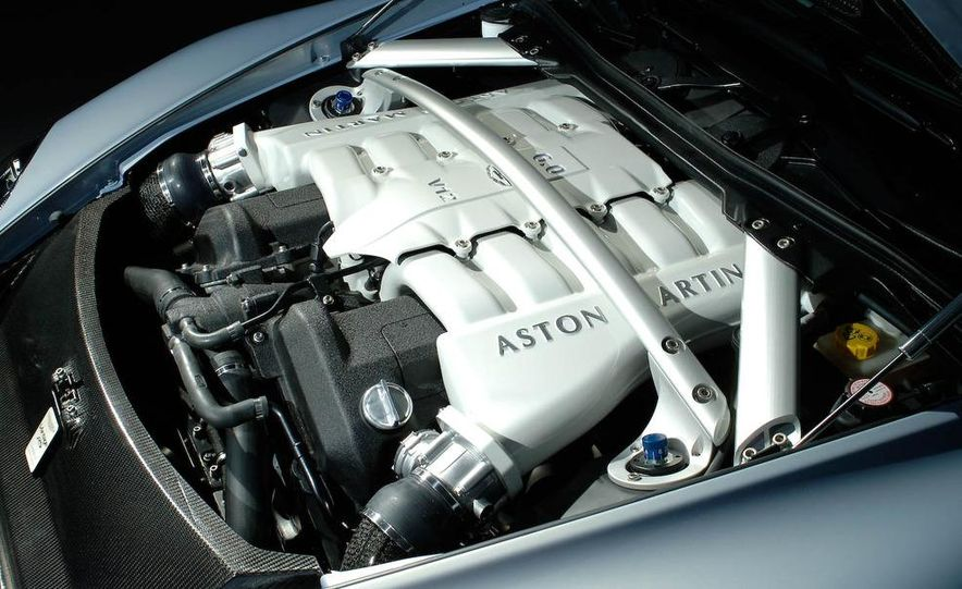 2009 Aston Martin V-12 Vantage RS - Slide 17