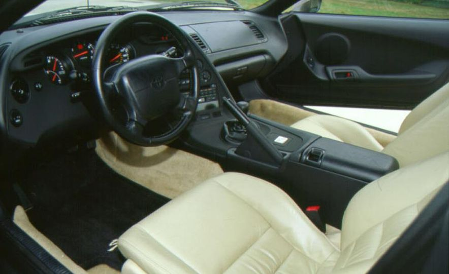 2004 Toyota MR2 Spyder - Slide 15