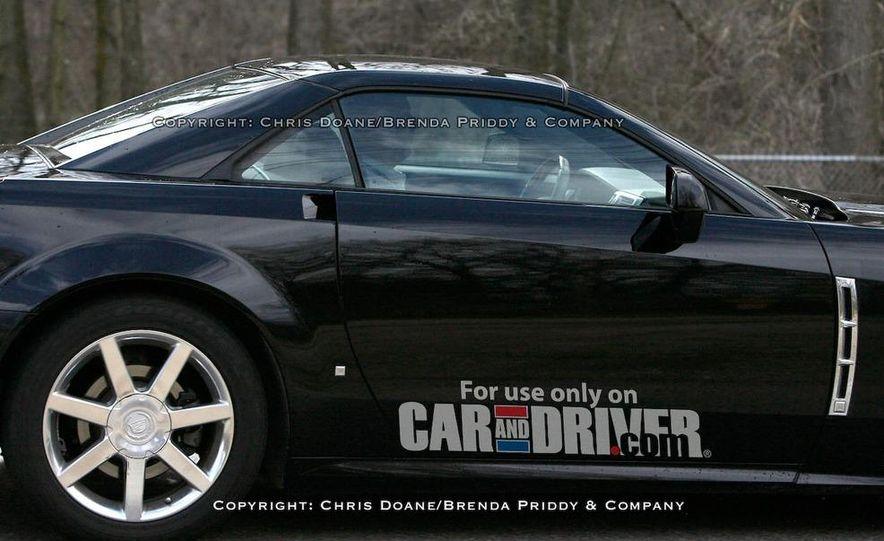 2009 Cadillac XLR - Slide 3