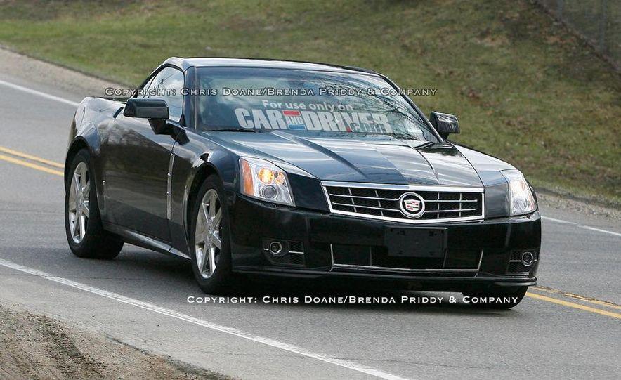 2009 Cadillac XLR - Slide 7