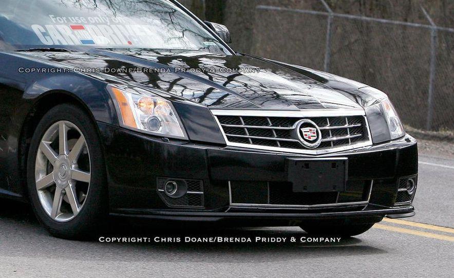 2009 Cadillac XLR - Slide 8