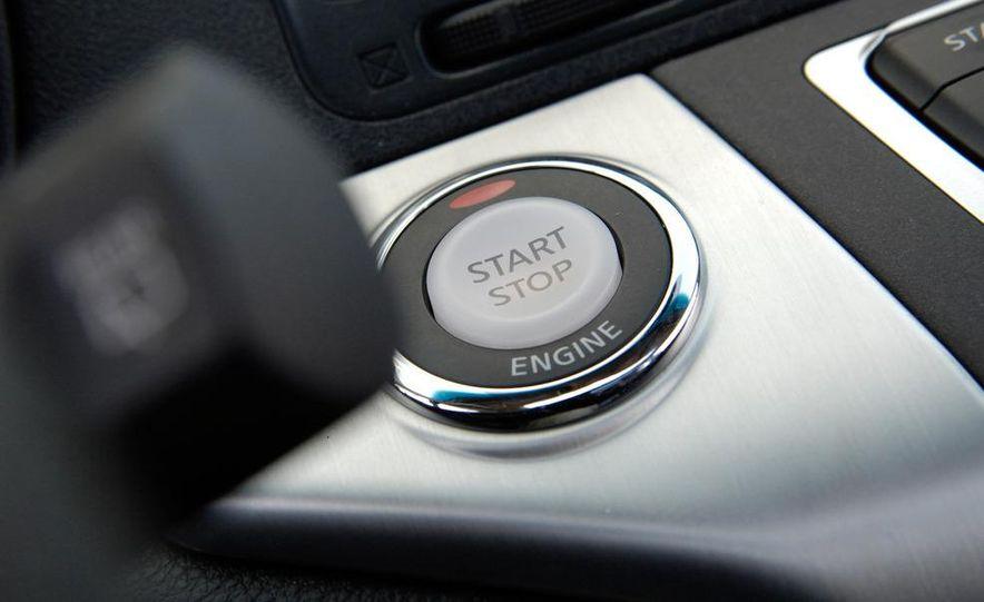 2009 Nissan Murano SL AWD - Slide 3