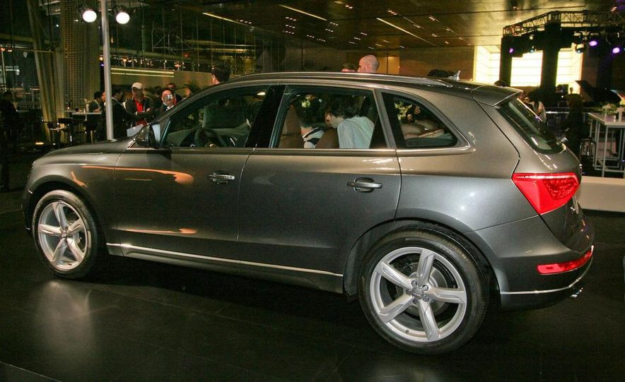 2009 Audi Q5 - Slide 4