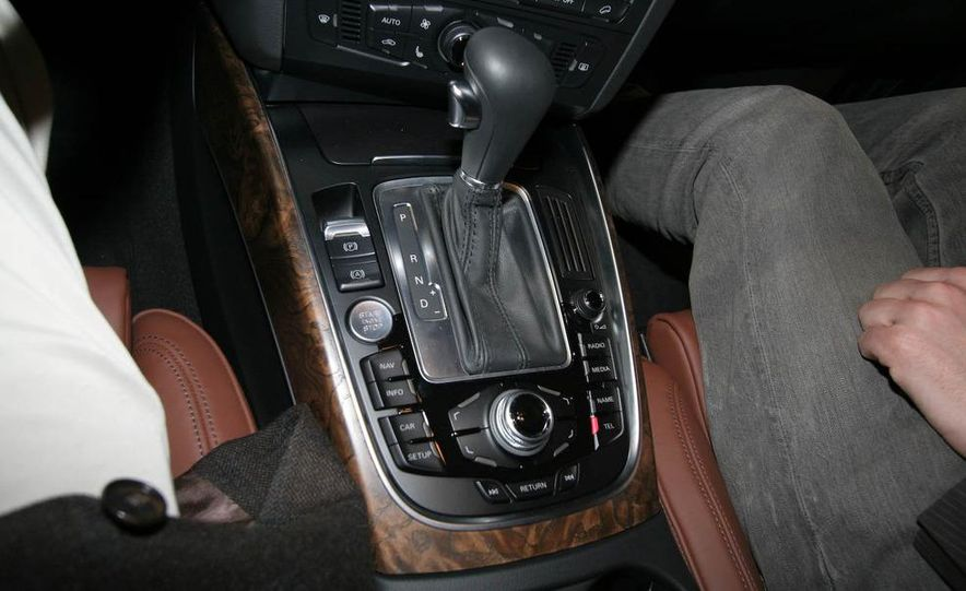 2009 Audi Q5 - Slide 9