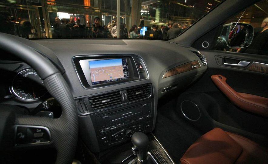 2009 Audi Q5 - Slide 16