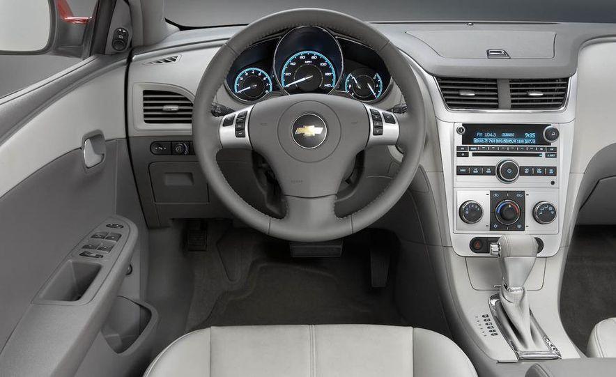 2008 Chevrolet Malibu - Slide 14