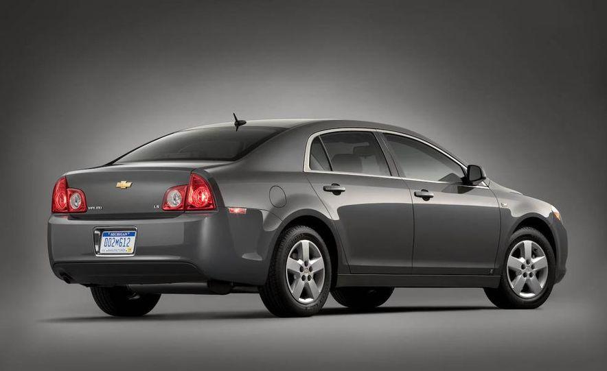 2008 Chevrolet Malibu - Slide 2
