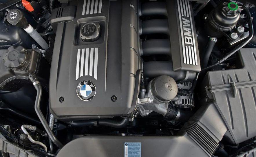 2008 BMW 128i convertible - Slide 17