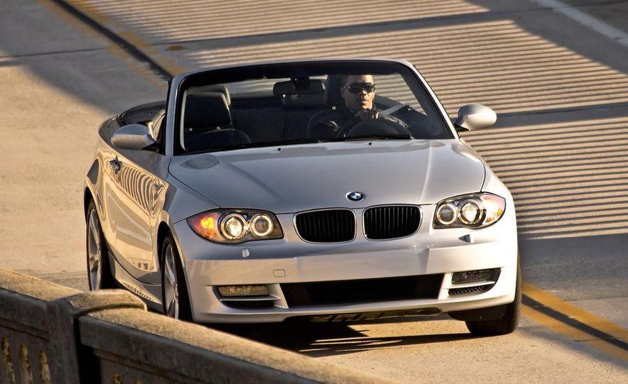 2008 BMW 128i convertible - Slide 3