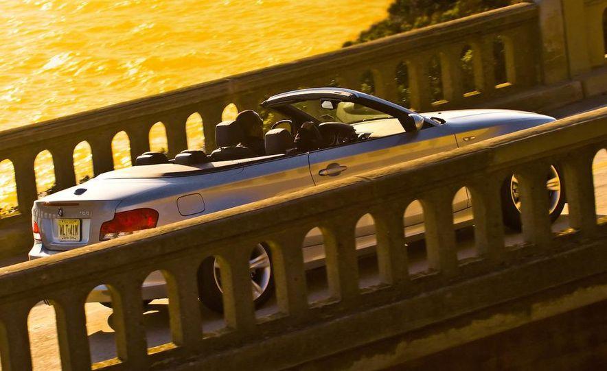 2008 BMW 128i convertible - Slide 4